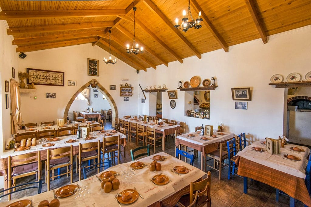 Traditional taverna at Apollona